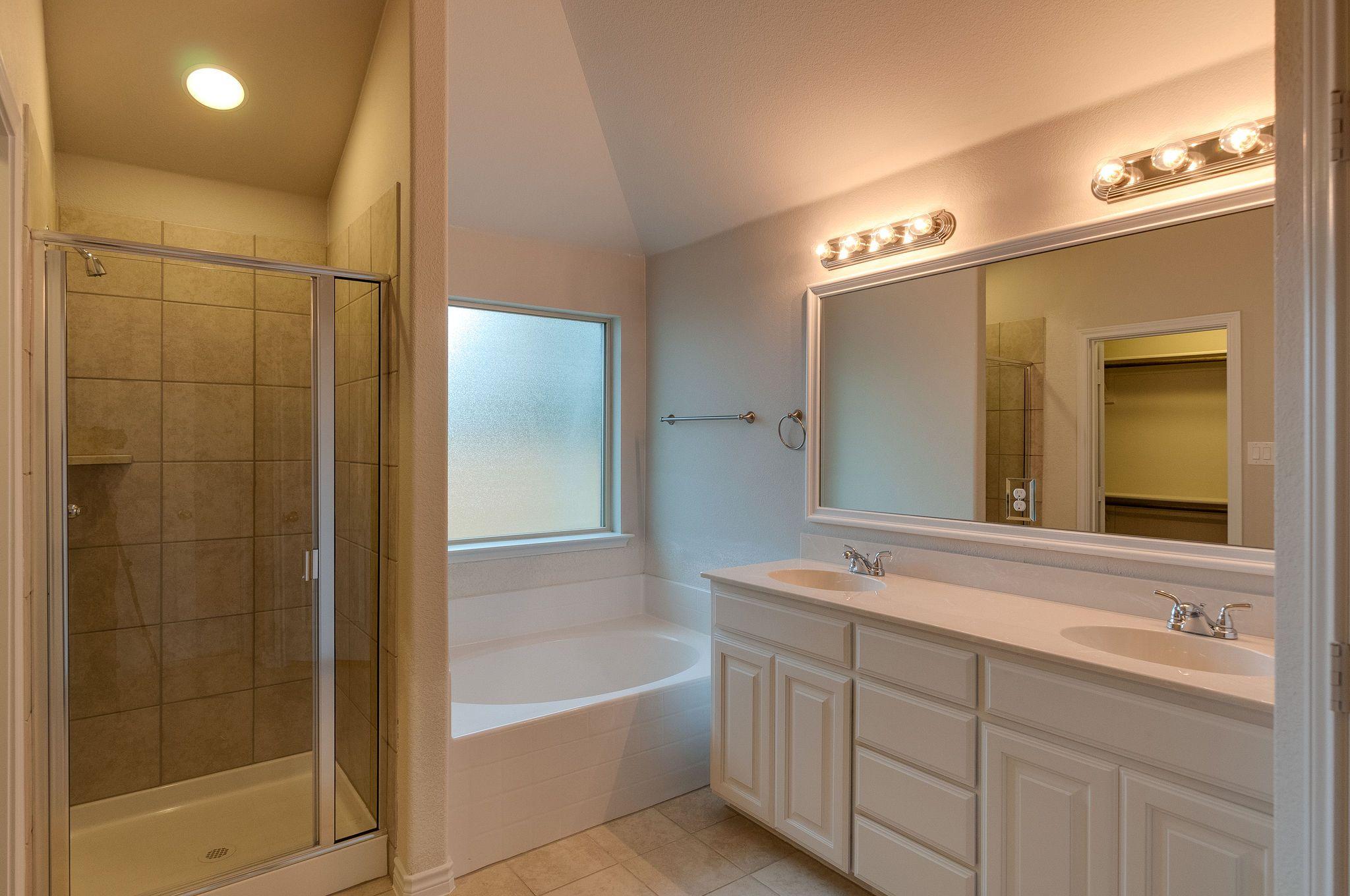 Bathroom-in-Hanover – Wilson Cliff-at-Wilson Cliff-in-Burleson
