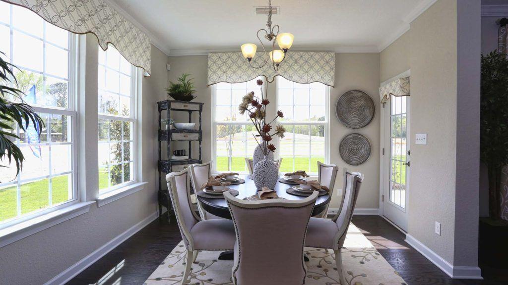 Breakfast-Room-in-The Roseleigh-at-Waterleigh-in-Moyock