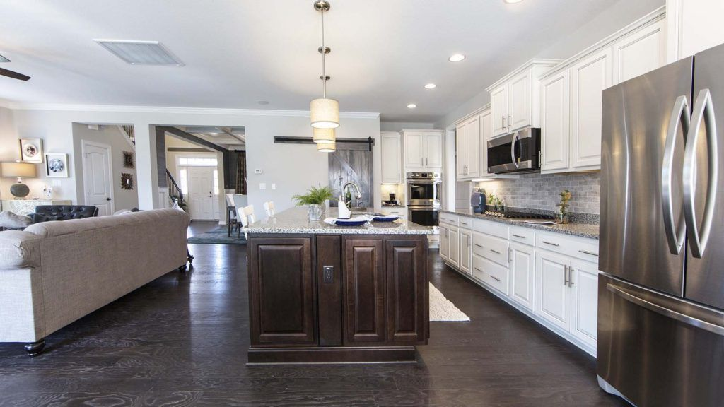 Kitchen-in-The Sandalwood-at-Waterleigh-in-Moyock