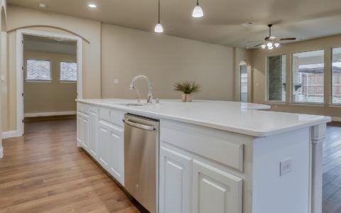 Kitchen-in-Milton-at-Savannah-in-Aubrey
