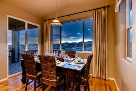 Dining-in-Meadow-at-Indigo Ranch at Stetson Ridge-in-Colorado Springs