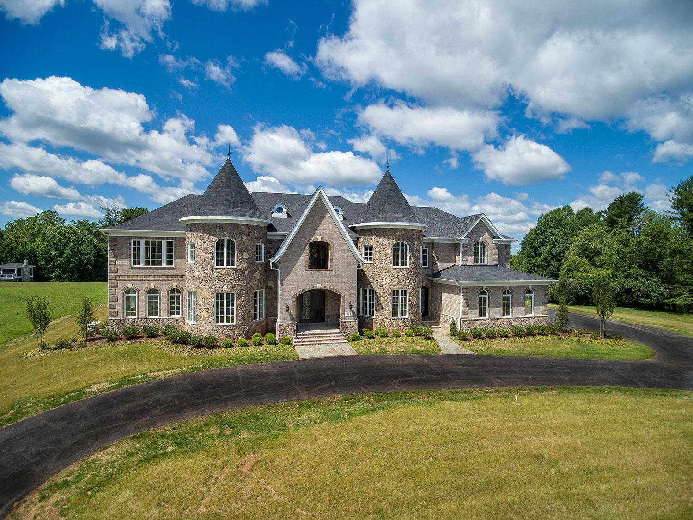 'Classic Homes of Maryland - Custom Home Builder (Bethesda)' by Classic Homes of Maryland  in Washington