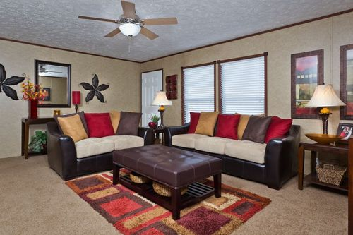 Greatroom-in-GOOD LIFE-at-Clayton Homes-Joplin-in-Joplin