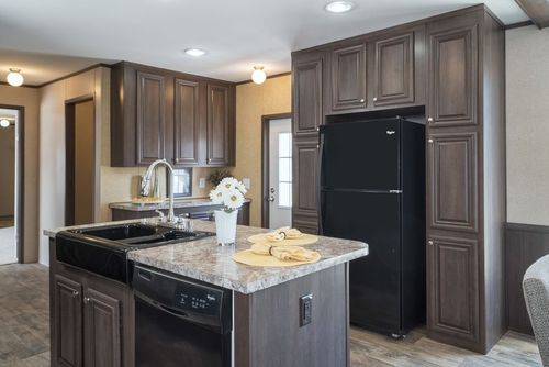 Kitchen-in-THE ASHFORD-at-Clayton Homes-Gonzales-in-Gonzales