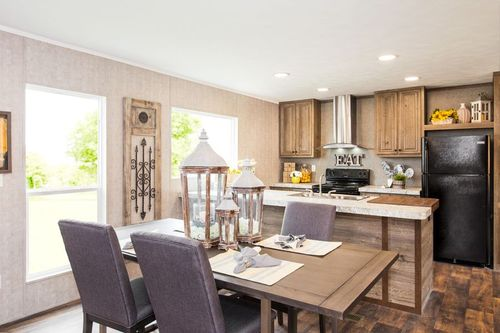 Kitchen-in-THE BREEZE II-at-Clayton Homes-Lake Charles-in-Lake Charles