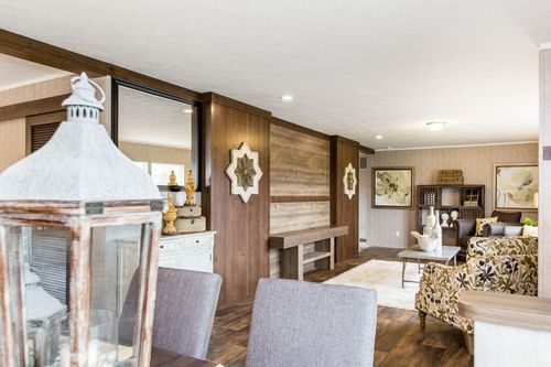 Wet-Bar-in-THE BREEZE II-at-International Homes-Middlesboro-in-Middlesboro