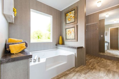 Bathroom-in-THE BREEZE II-at-International Homes-Middlesboro-in-Middlesboro
