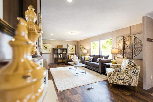 Greatroom-and-Dining-in-THE BREEZE II-at-Clayton Homes-Mccomb-in-McComb