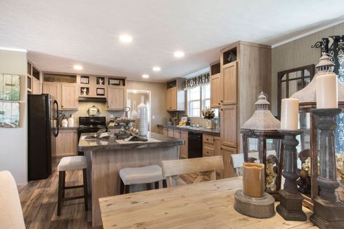 Kitchen-in-THE TRADITION 3268-at-Clayton Homes-South Charleston-in-South Charleston