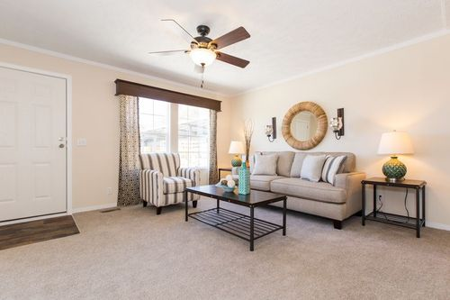 Greatroom-in-RENEGADE 48A-at-Clayton Homes-Richmond-in-Richmond