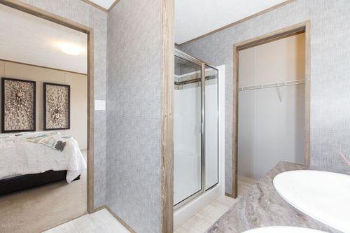 Bathroom-in-REVOLUTION 76A-at-Clayton Homes-Albertville-in-Albertville