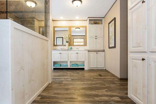 Mud-Room-in-REVOLUTION 60-at-Clayton Homes-Albertville-in-Albertville