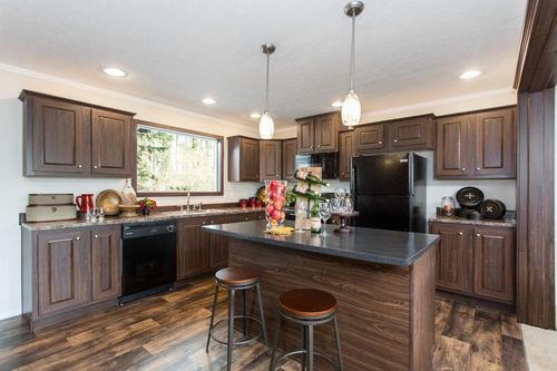 Kitchen-in-RANGER 64A-at-Clayton Homes-Corinth-in-Corinth