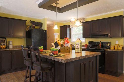 Kitchen-in-2551 52X25 CK3+2 TPS MOD-at-Clayton Homes-Asheboro-in-Asheboro