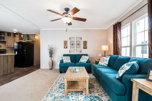 Greatroom-and-Dining-in-THE TRADITION 60-at-Oakwood Homes-Elizabethtown-in-Elizabethtown