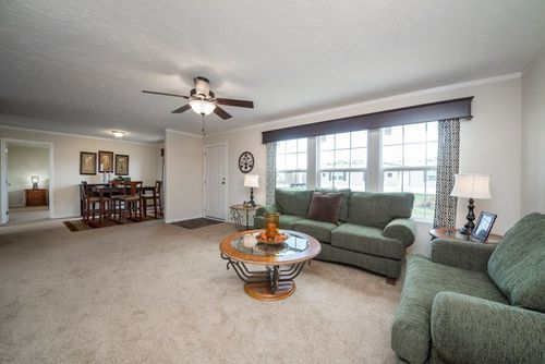 Greatroom-in-MAVERICK 56A-at-Clayton Homes-Belpre-in-Belpre