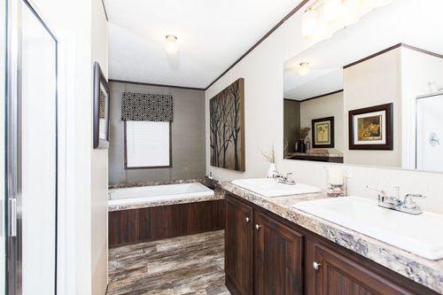 Bathroom-in-THE CLIFTON-at-Clayton Homes-Albertville-in-Albertville