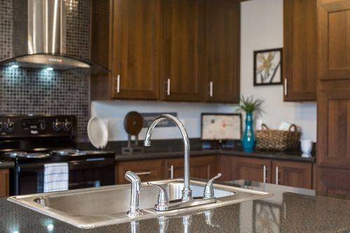 Kitchen-in-THE HOWELL-at-Freedom Homes-Pearl-in-Pearl