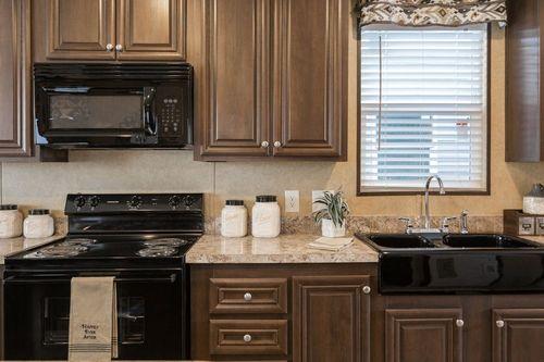 Kitchen-in-THE MILLER-at-Clayton Homes-Anniston-in-Anniston