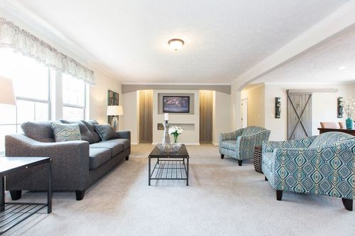 Greatroom-and-Dining-in-THE WOODBRIDGE I-at-Clayton Homes-Harriman-in-Harriman