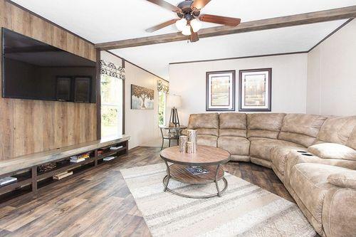 Greatroom-in-THE WIGGINS-at-Clayton Homes-Crestview-in-Crestview