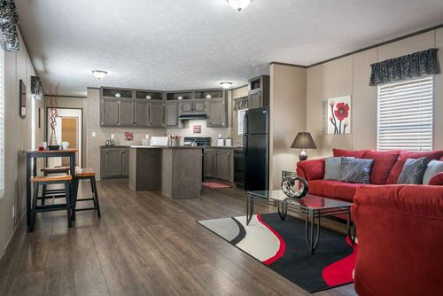 Greatroom-and-Dining-in-BLAZER EXTREME 76 C-at-Clayton Homes-Bowling Green-in-Bowling Green