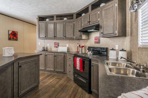 Kitchen-in-BLAZER EXTREME 76 C-at-Clayton Homes-Elkins-in-Elkins