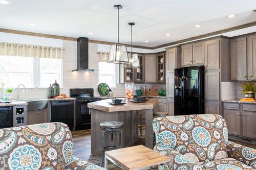 Kitchen-in-3345 CLASSIC-at-Oakwood Homes-Shelby-in-Shelby