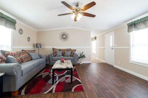 Greatroom-in-APOLLO-at-Oakwood Homes-Greenville-in-Greenville
