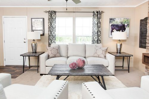 Greatroom-in-THE TRADITION 56B-at-Freedom Homes-Pearl-in-Pearl