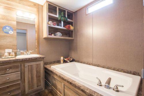 Bathroom-in-ANNIVERSARY 16763A-at-Clayton Homes-Corpus Christi-in-Corpus Christi