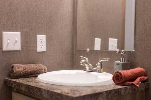 Bathroom-in-ANNIVERSARY 16763A-at-Clayton Homes-Conroe-in-Conroe