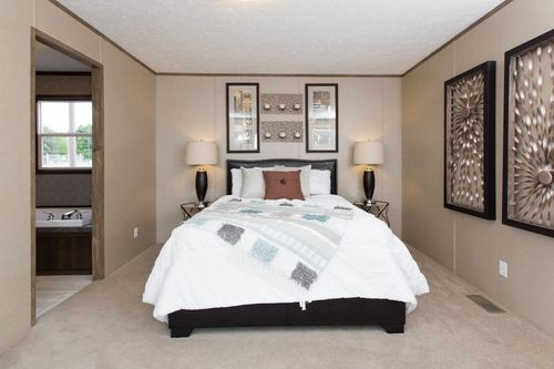 Bedroom-in-REVOLUTION 76A-at-International Homes-Middlesboro-in-Middlesboro