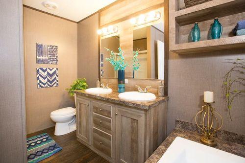 Bathroom-in-ANNIVERSARY 16763A-at-Clayton Homes-Abilene-in-Abilene