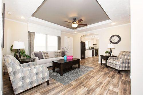 Greatroom-in-103  ELITE PLUS 7616-at-Clayton Homes-Hampstead-in-Hampstead
