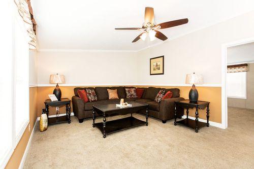Greatroom-in-ZEUS-at-Clayton Homes-Lynchburg-in-Lynchburg