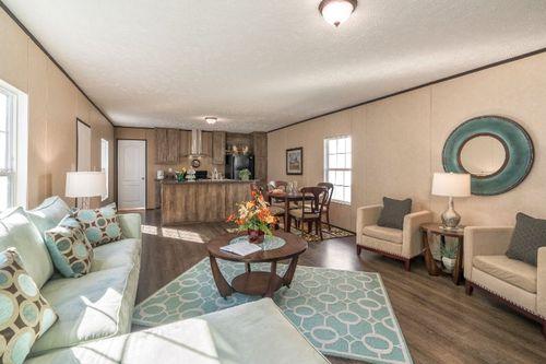 Greatroom-and-Dining-in-THE BREEZE-at-Clayton Homes-Jonesboro-in-Jonesboro