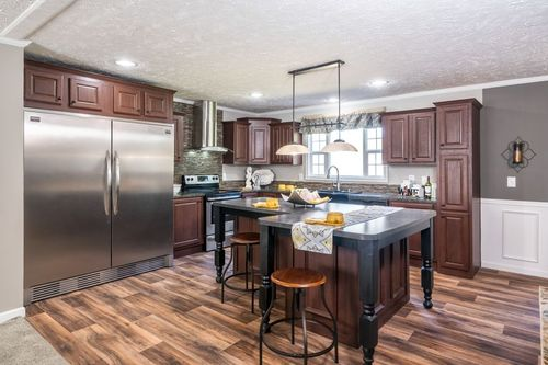 Kitchen-in-4710 ROCKETEER 7632-at-Freedom Homes-Troutman-in-Troutman