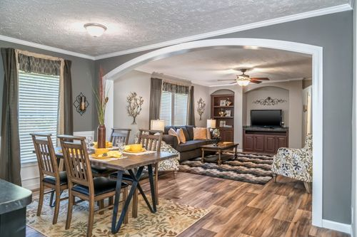 Dining-in-4710 ROCKETEER 7632-at-Clayton Homes-Augusta-in-Augusta