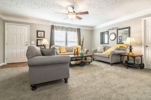 Greatroom-in-4710 ROCKETEER 7632-at-Clayton Homes-Lynchburg-in-Lynchburg