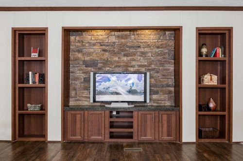 Wet-Bar-in-THE COMMANDER-at-Clayton Homes-Corinth-in-Corinth
