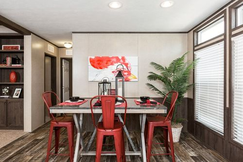 Dining-in-POWER HOUSE-at-Clayton Homes-Mabank-in-Mabank