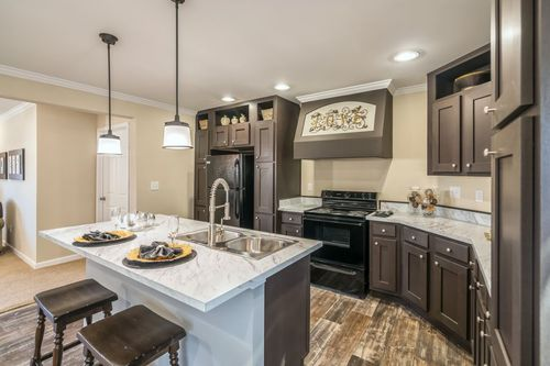 Kitchen-in-THE FREEDOM 3252-at-Clayton Homes-Johnson City-in-Johnson City