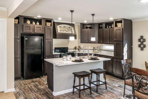 Kitchen-in-THE FREEDOM 3252-at-Clayton Homes-Hattiesburg-in-Hattiesburg
