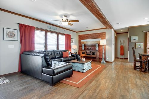 Greatroom-in-THE CABIN-at-Clayton Homes- Corsicana-in-Corsicana