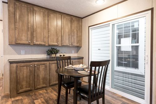 Breakfast-Room-in-THE ANNIVERSARY ANN16763A-at-Clayton Homes-Springfield-in-Springfield