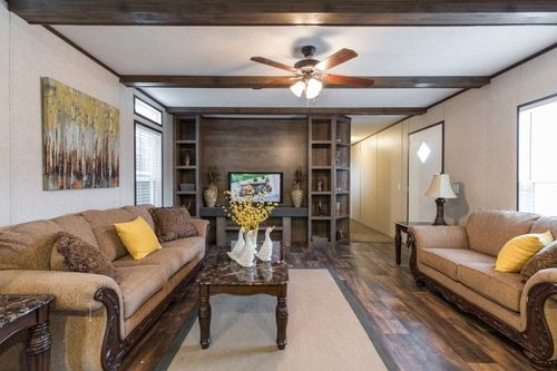 Greatroom-in-THE ANNIVERSARY ANN16763A-at-Clayton Homes-Alexandria-in-Alexandria