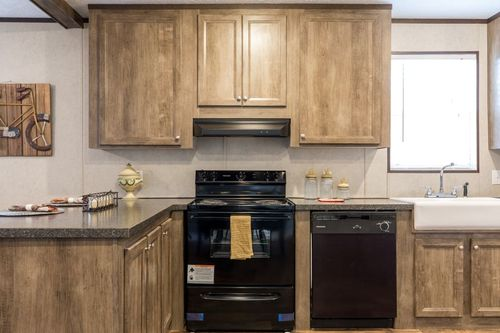 Kitchen-in-THE ANNIVERSARY ANN16763A-at-Clayton Homes-Opelousas-in-Opelousas