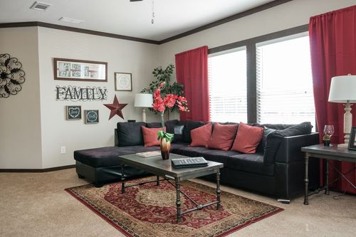 Greatroom-in-THE NASHVILLE-at-Clayton Homes-Fort Smith-in-Fort Smith