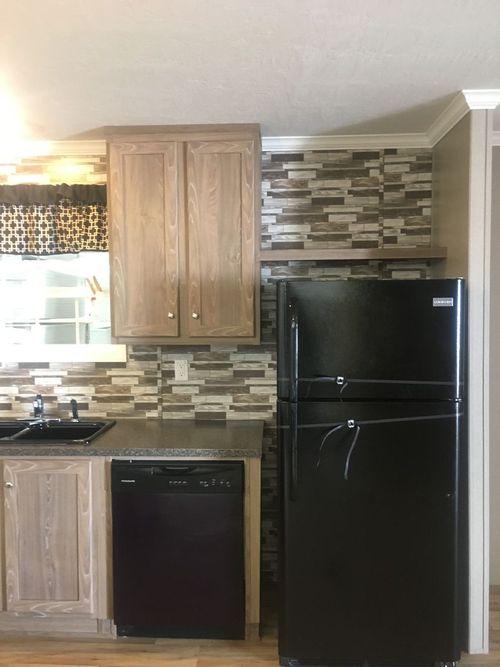 Kitchen-in-BAM28604A-at-Clayton Homes-Statesville-in-Statesville